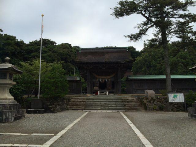 参道と神門